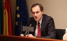 Manuel Menéndez reconoce «errores de estimación del alcance de la crisis»