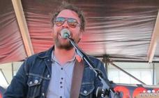 Hallan muerto a Scott Hutchison, líder de la banda Frightened Rabbit