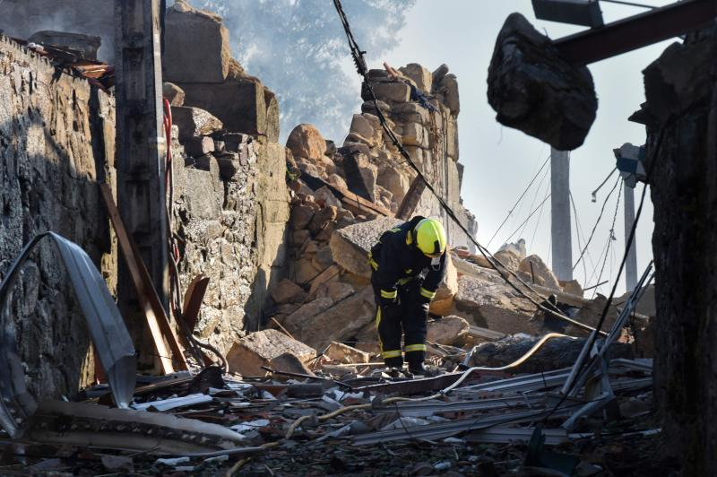 Al menos un muerto y 26 heridos en una explosión en Tui
