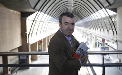 Lorenzo Silva cree que el Princesa de las Letras a Vargas «demuestra el sistema innovador de premios» en España