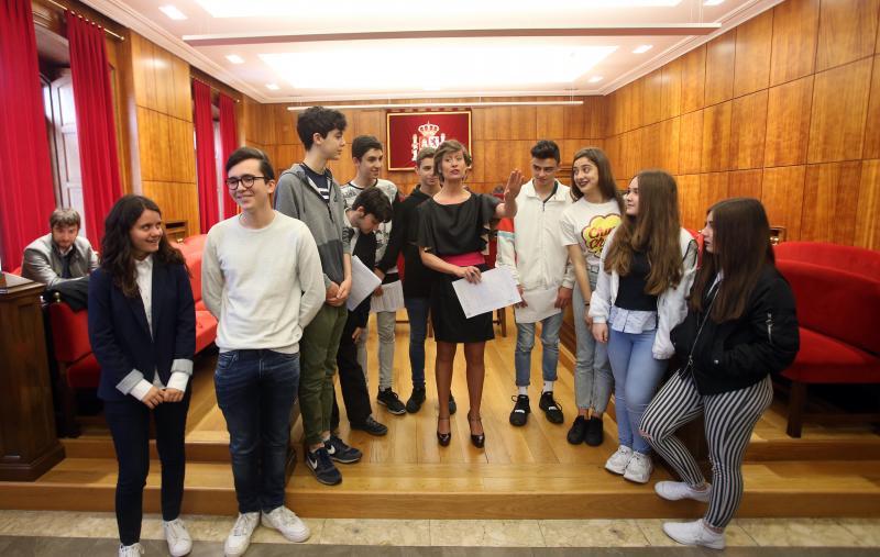 Alumnos de Vegadeo visitan el Tribunal Superior de Justicia de Asturias