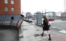 Los ladrones de móviles perseguidos por Oviedo se enfrentan a tres delitos