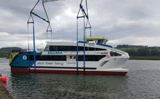 Gondán bota un catamarán para 350 personas