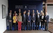 Cristina Garmendia confía en que el Gobierno de Sánchez sirva para abrir «un tiempo de diálogo en Cataluña»