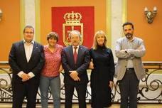 Diálogo y retos de futuro para un nuevo Oviedo