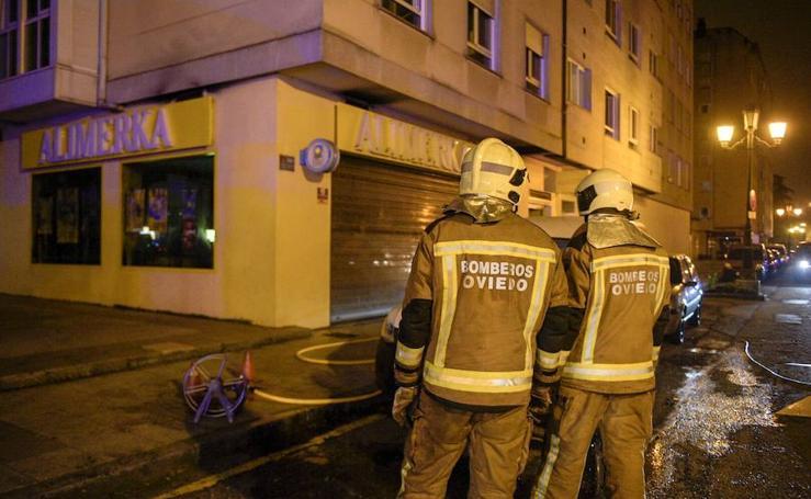 Incendio en un supermercado de La Tenderina