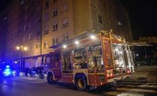 El incendio en un supermercado en Oviedo obligó a desalojar a decenas de vecinos