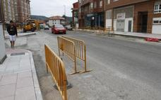 Asfaltado el primer tramo de la calle Santa Apolonia en Villalegre