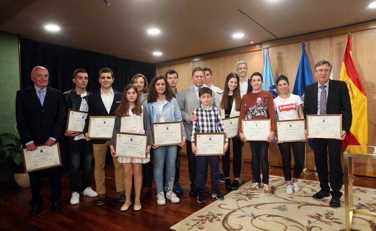 El Centro Asturiano de Oviedo entrega sus premios