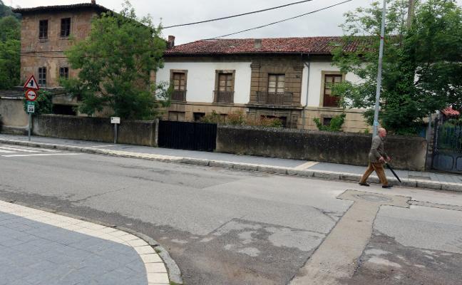 Campomanes da el primer paso para impulsar su palacio con fondos del 1% cultural