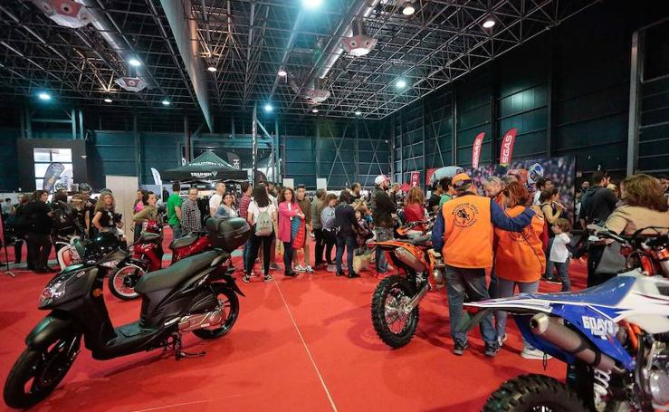 Segunda jornada del Moto Weekend en Gijón
