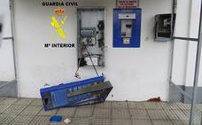 Dos gijoneses detenidos por 16 robos en gasolineras, iglesias y bares de varios puntos de Asturias