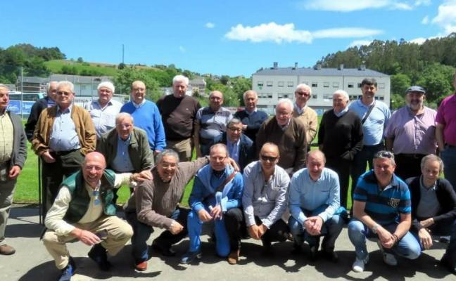El Treviense reúne a sus exjugadores veteranos