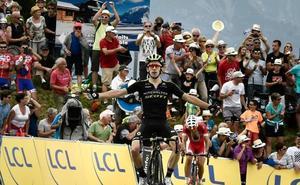 Dani Navarro acaricia el segundo triunfo de su carrera en el Criterium Dauphiné