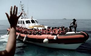 Los migrantes del 'Aquarius' tendrán estatus de refugiados