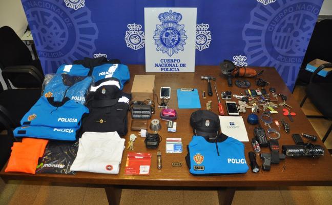 Detienen a un ladrón que llevaba años haciéndose pasar por policía local de Oviedo