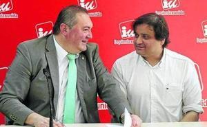 IU de Asturias rechaza la advertencia de Garzón y hará su propia consulta