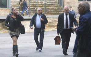 Policía y Guardia Civil afirman que las mujeres que trabajaban en el club de alterne de Castrillón «estaban allí ejerciendo la prostitución»