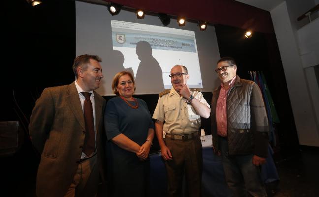 Conferencia sobre la educación en Defensa en la Semana Cultural de Trubia