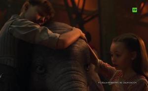 Dumbo, estrella del circo en el primer tráiler del remake de Tim Burton