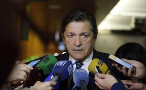Javier Fernández aboga por «un proceso paulatino» de descarbonización