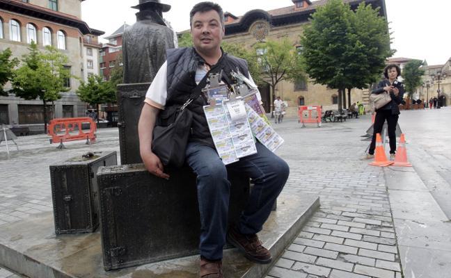 Un vendedor de la ONCE reparte 350.000 euros en El Antiguo