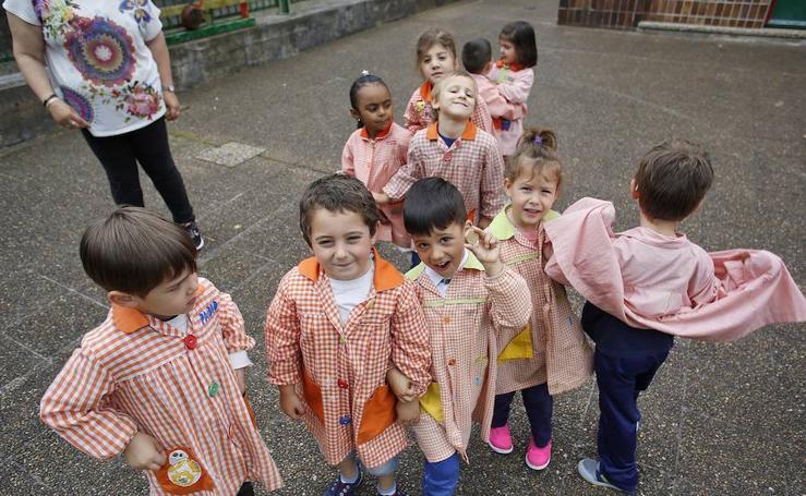 Fiestas en el colegio Gloria Fuertes de Gijón