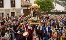Lleno en Cangas de Onís para celebrar San Antonio
