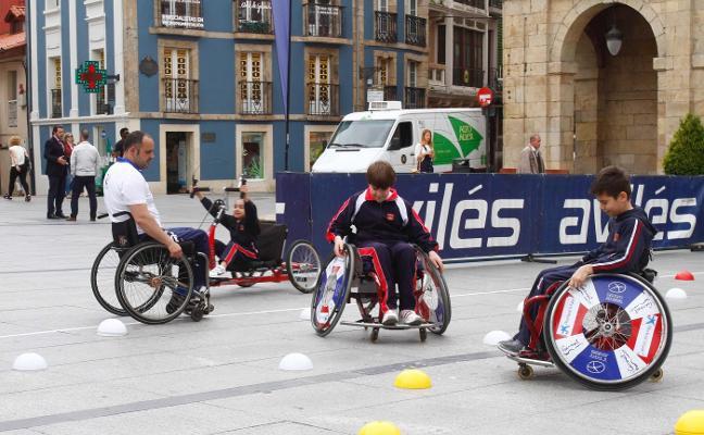 Jornada de deporte adaptado en El Parche
