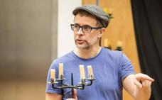 «El teatro es pura comunidad, cuando funciona es la democracia perfecta»