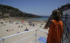 Más de noventa socorristas vigilarán 23 arenales del Oriente este verano