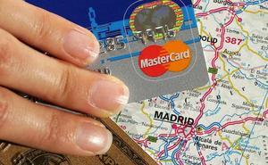 Investigadas por estafa once personas que copiaban datos de tarjetas de crédito