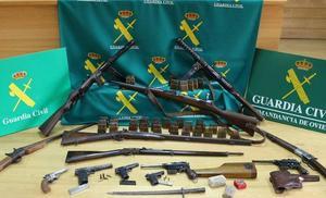 Intervenidas catorce armas de guerra y 200 cartuchos a dos vecinos de Mieres