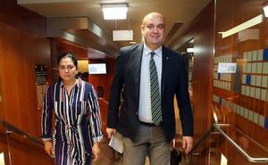 Pedro Leal asumirá la presidencia de Foro tras la dimisión de Cristina Coto