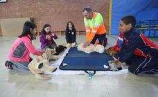 Taller de primeros auxilios en el Marcelo Gago