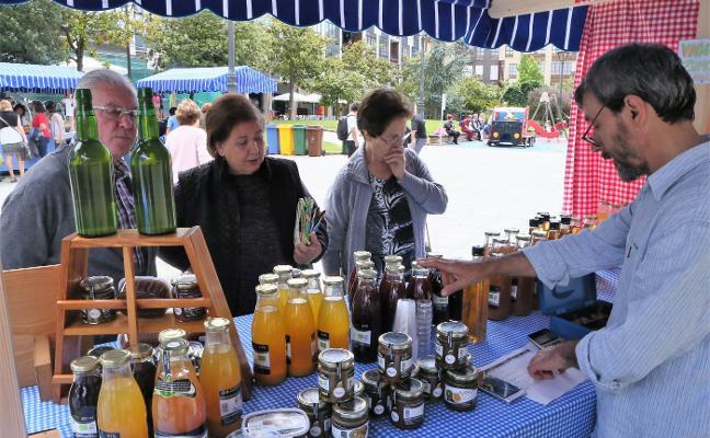 Los productores ecológicos demandan en Llanera ayudas para su actividad