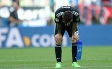 Maradona: «Jugando así, Sampaoli no puede volver a Argentina»