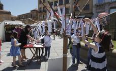 Los artesanos clausuran el primer mercado de la Catedral «satisfechos por las ventas»