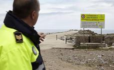 El puerto de Avilés multará con 300 euros el acceso al dique de la bocana de la ría