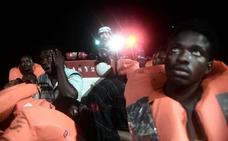 Polémica por una imagen de los rescatados del 'Aquarius' en una campaña de Benetton