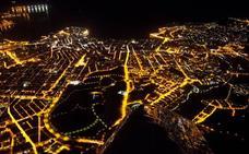 Las espectaculares imágenes nocturnas de Gijón