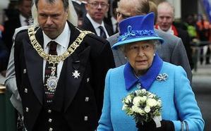 El sobrino de la reina Isabel II quiere ser lord con voto