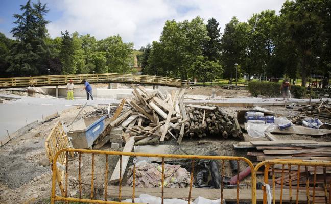 Las obras de reforma del parque Nuevo de La Felguera finalizarán este mes