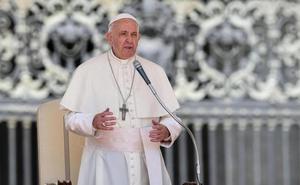 El Papa le pide a Trump que no caiga en la «psicosis populista» con la inmigración