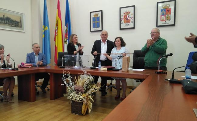 La socialista Ana Vigón ya es la nueva alcaldesa de Tapia de Casariego