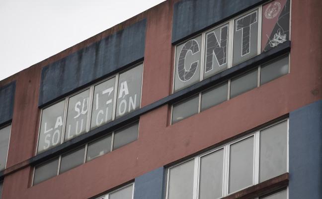 Imputados por extorsión y asociación ilícita la CNT Gijón y su secretario general