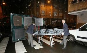 Investigan la muerte de un matrimonio octogenario en un piso de Gijón