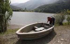 La navegación seguirá prohibida en Rioseco y se restringirá en Tanes