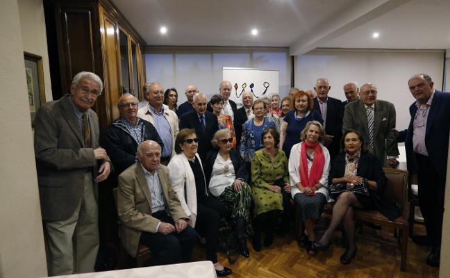 Tribuna Ciudadana distingue a sus veteranos