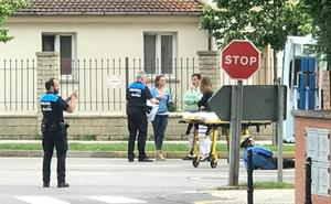 Herido un ciclista tras ser arrollado por un coche en Gijón